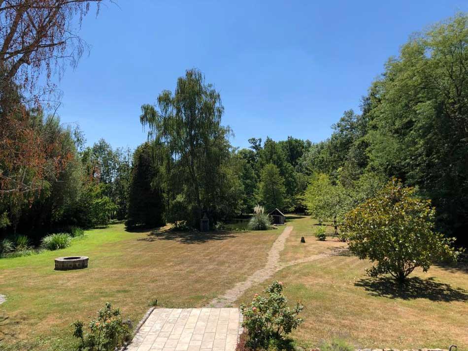 Vue du domaine du moulin pour un séminaire en plein air proche de Paris